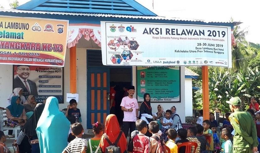 baksos-aksi-relawan-ksr-pmi-unhas-bekerja-sama-denganpemerintah-desa-lambuno-kecamatan-katoi-kolaka-utara